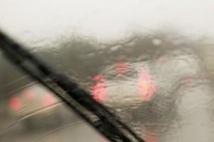 как бороться с запотеванием стекол в машине