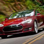В электромобиль Tesla Model S добавили режим полностью автоматизированной парковки