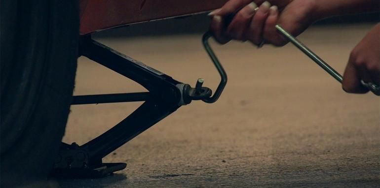 поменять колеса самостоятельно